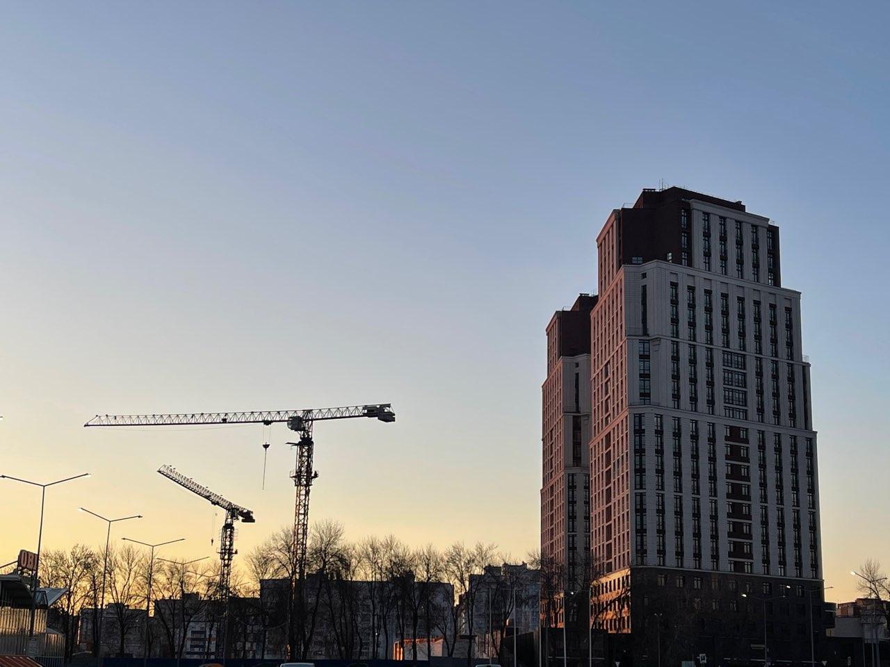 Хуснуллин: объемы жилищного строительства в России выросли на треть